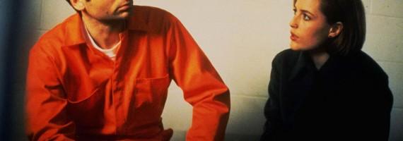 Mulder_Scully_Prison_Demons